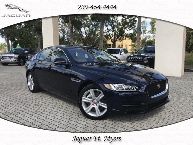 New 2018 Jaguar XE 25t Premium RWD 4D Sedan